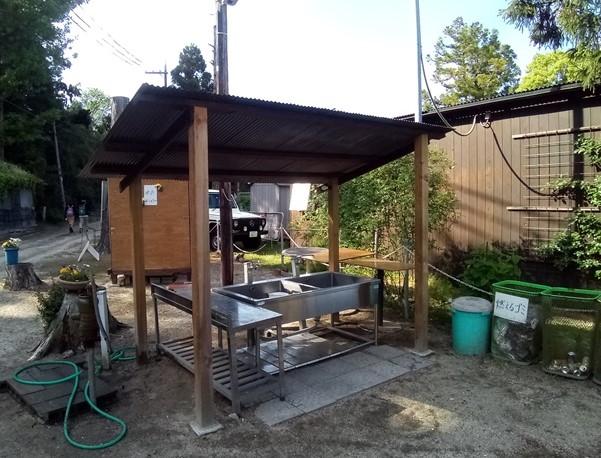 青柳浜キャンプ場 管理棟そばの炊事棟